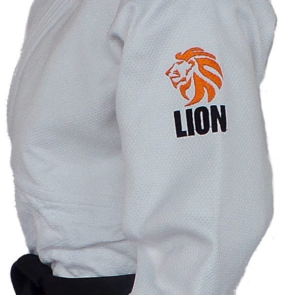Lion 750 Authentic