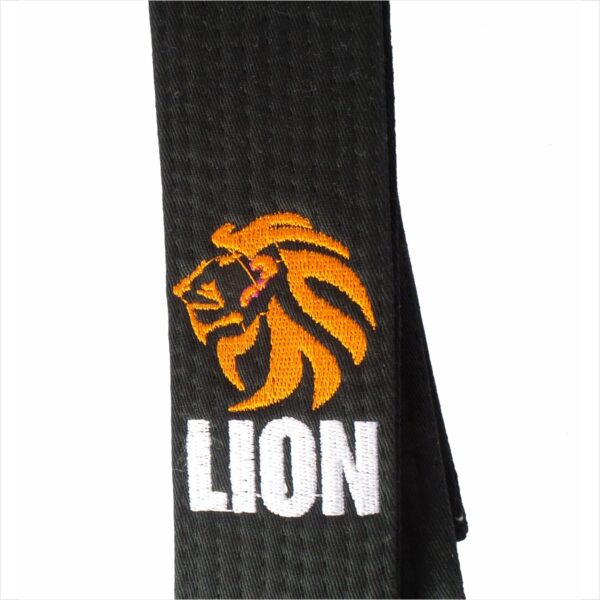 Lion Black belt with zoom on the Lion embroidry side