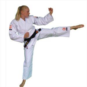 Lion 750 authentic ju-jitsu shown by Genevieve Bogers, Dutch National Ju-Jitsu team
